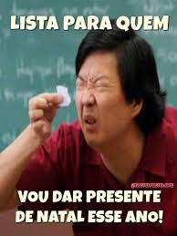 Lista para quem vou dar presente de natal esse ano. Olha o tamanho da lista que escrevi para quem vou dar presente de natal esse ano....