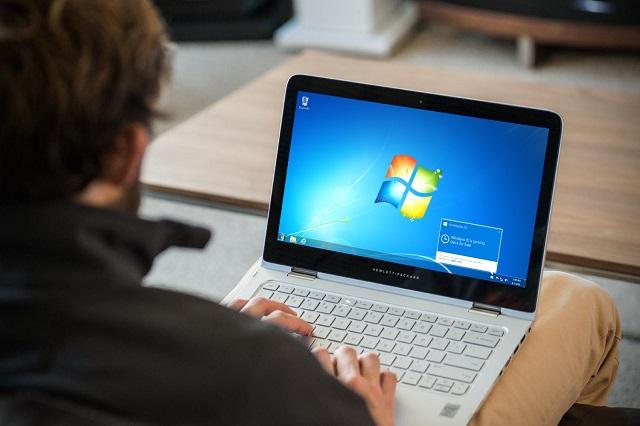Remover itens recentes no Windows 7. Se você não quer sejam vistos os arquivos recentemente abertos em vários programas, desative os itens recentes do Windows..